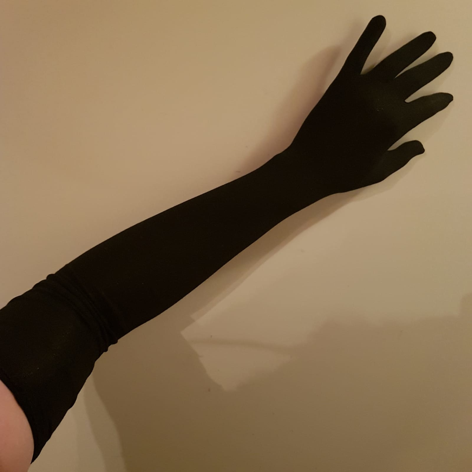 Katoenen opera lengte handschoenen.