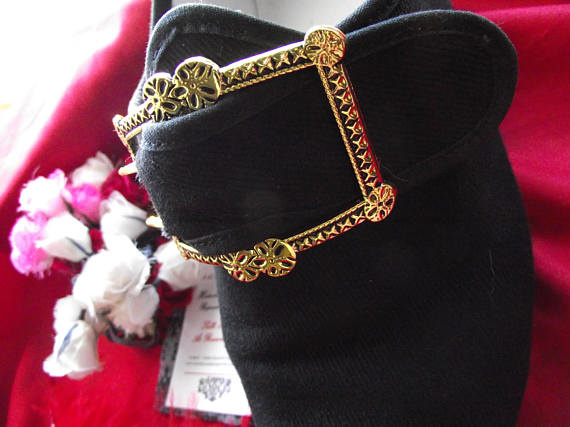 Sign of the Gray Horse 18th century shoe buckles Forget Me Not.