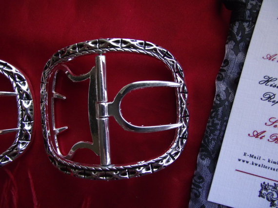 Sign of the Gray Horse 18th century shoe buckles James.