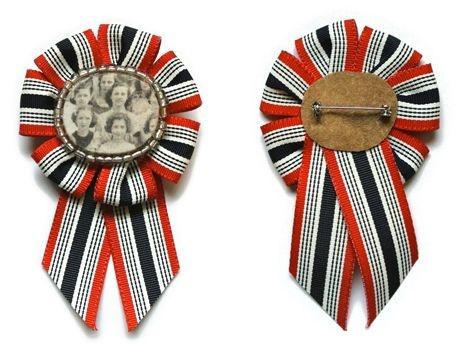 Striped ribbon, 2 colors.