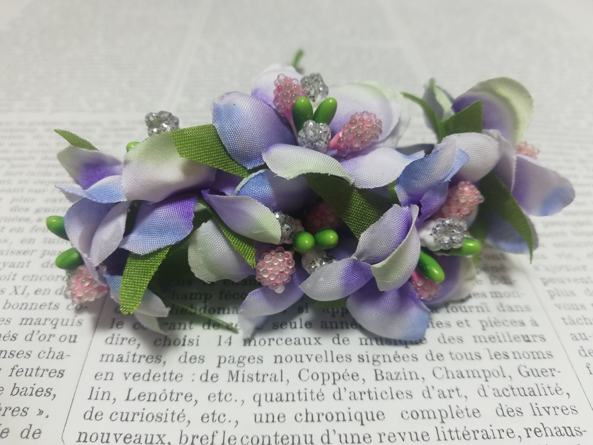 Little posy of flowers with beads.