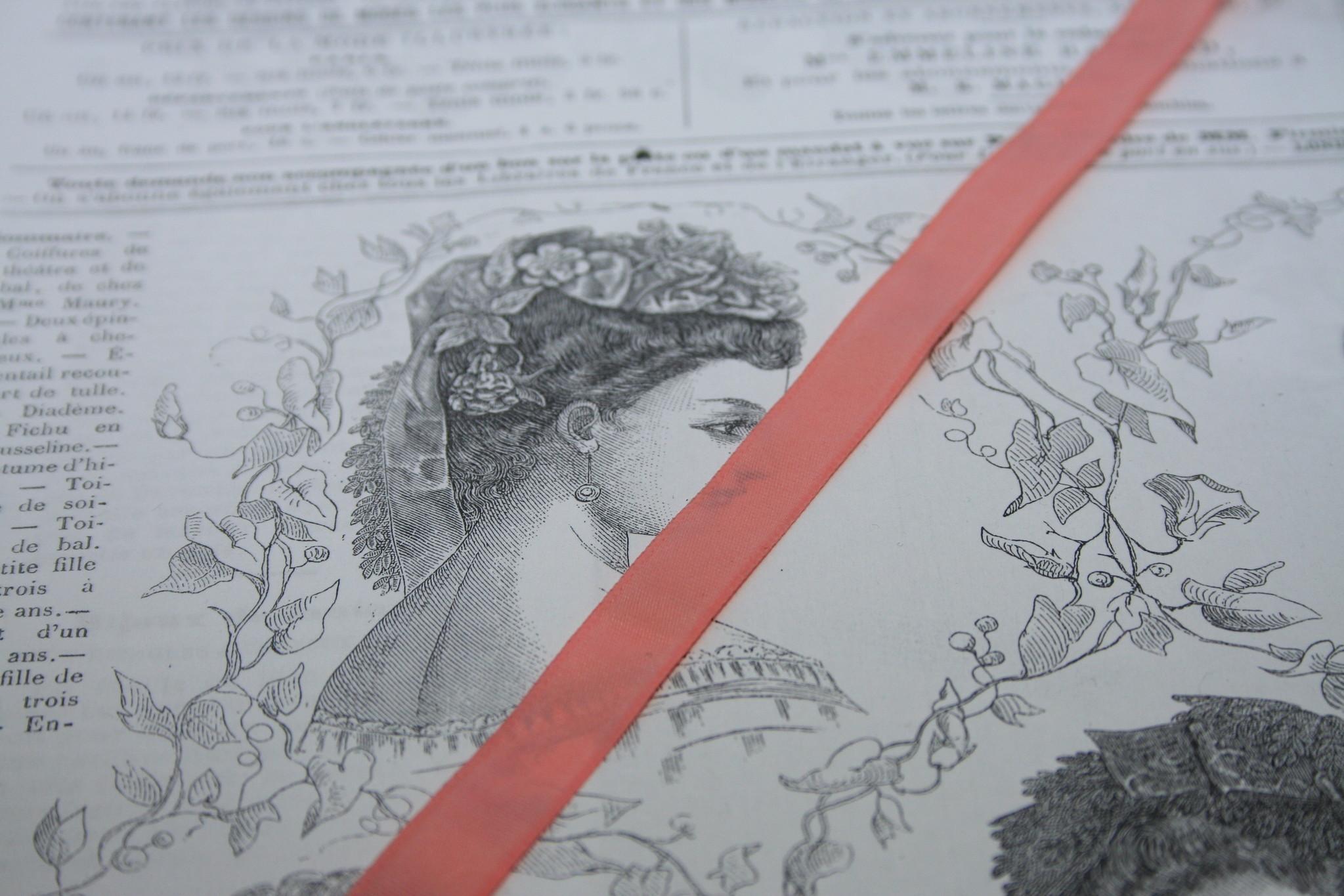 Vintage taffeta ribbon 14mm.