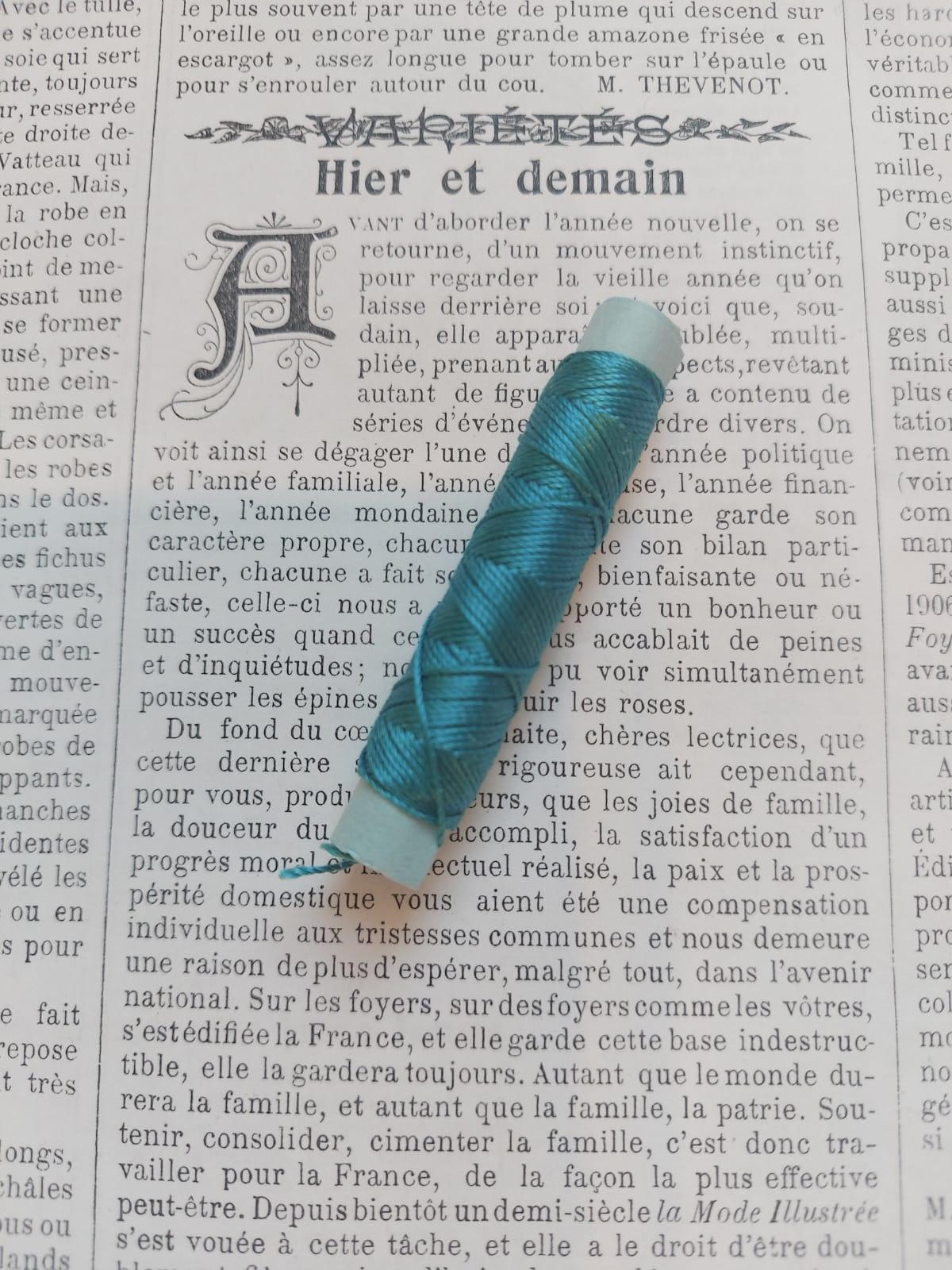 Silk Buttonhole Thread (blue, purple, black, pink, red)