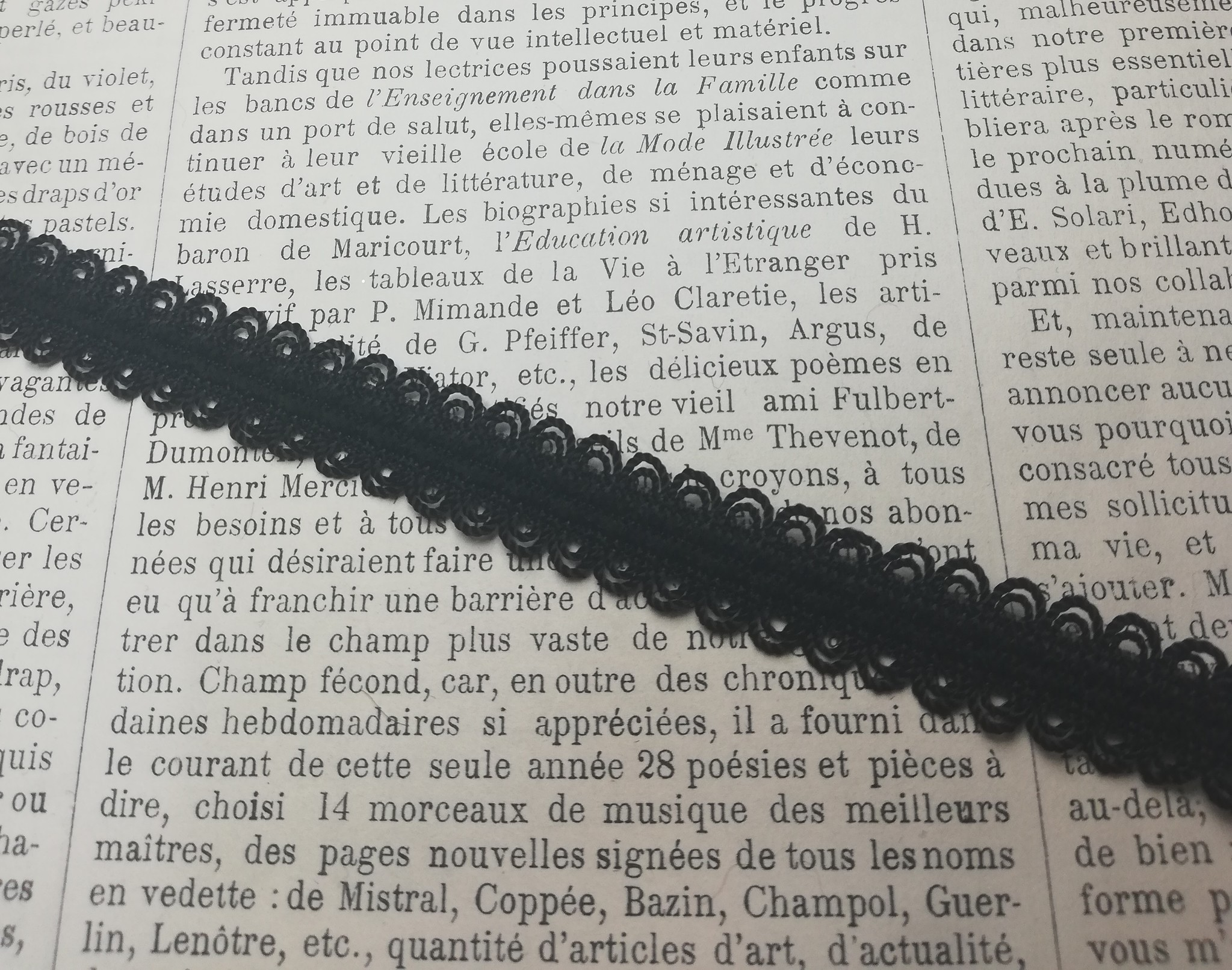 Black Elastic with Lace