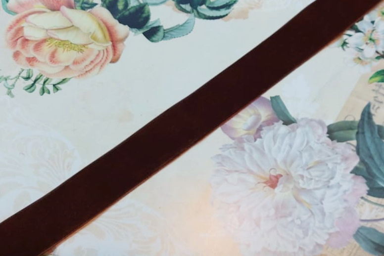Antiek Fluweelband Bruin no. 31 versch. breedtes