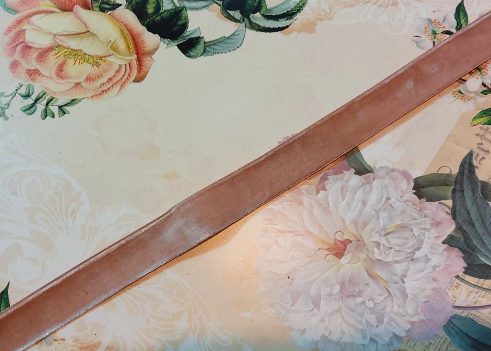 Antiek Fluweelband Beige