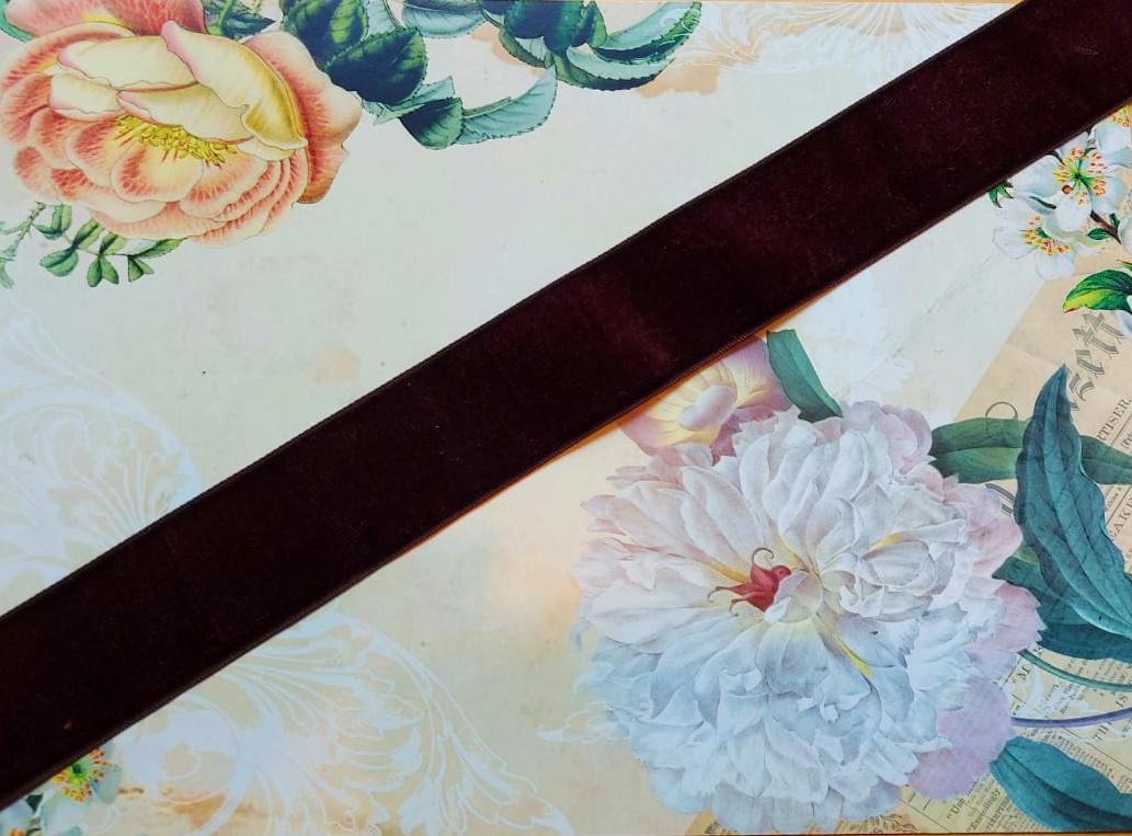 Antique Velvet trim Brown 80.289