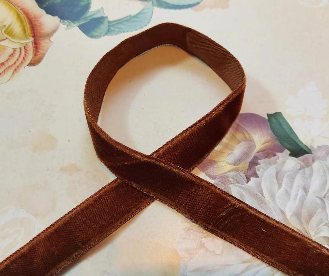 Antiek Fluweelband Bruin col.30