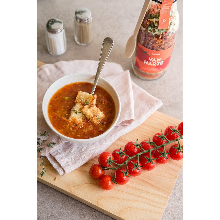 Pineut soep - tomatensoep Van Harte-2