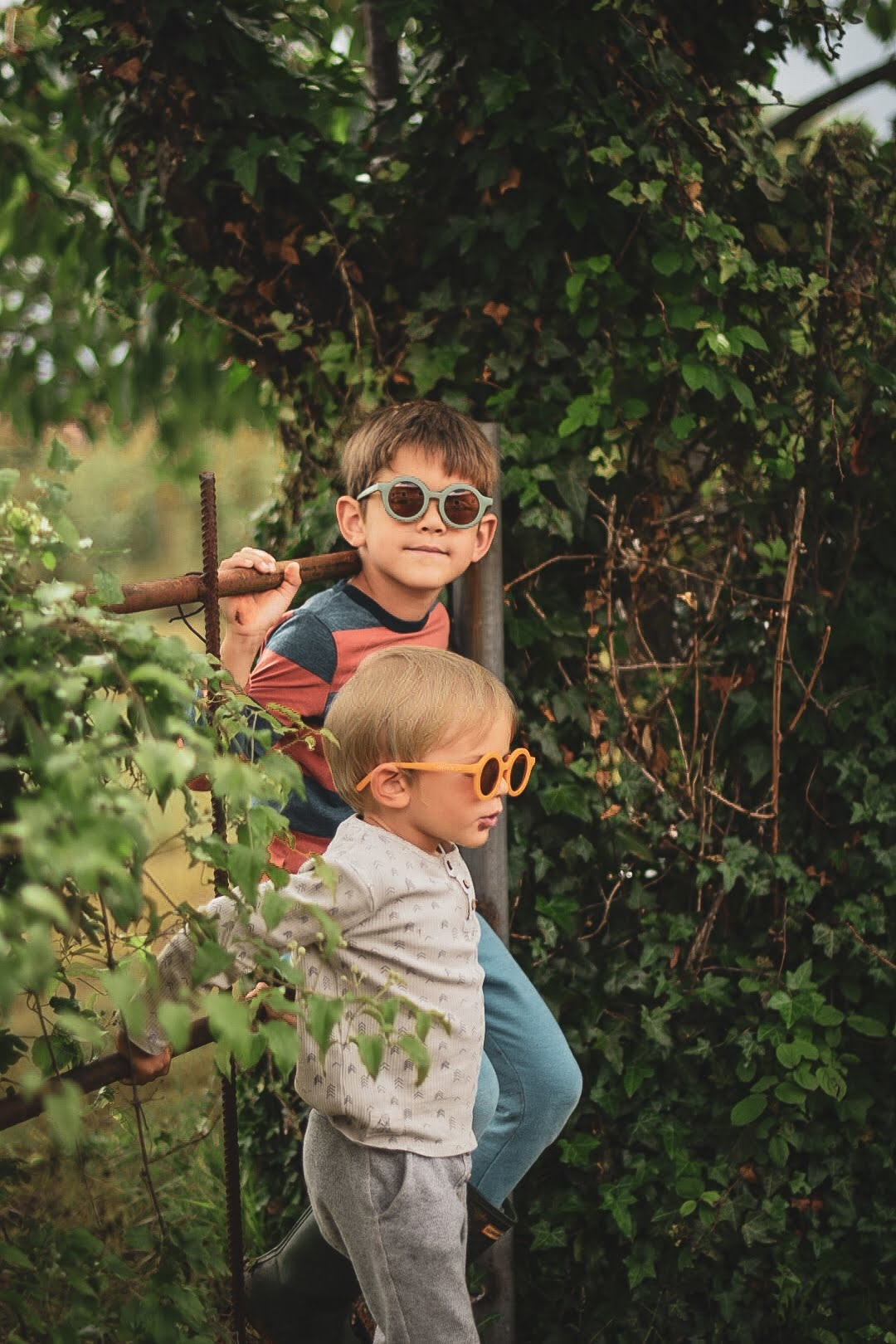 Sustainable kids sunglasses - Golden-5