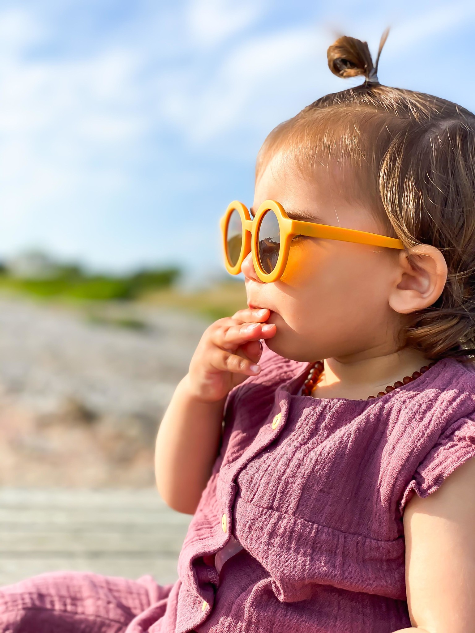 Sustainable kids sunglasses - Golden-3