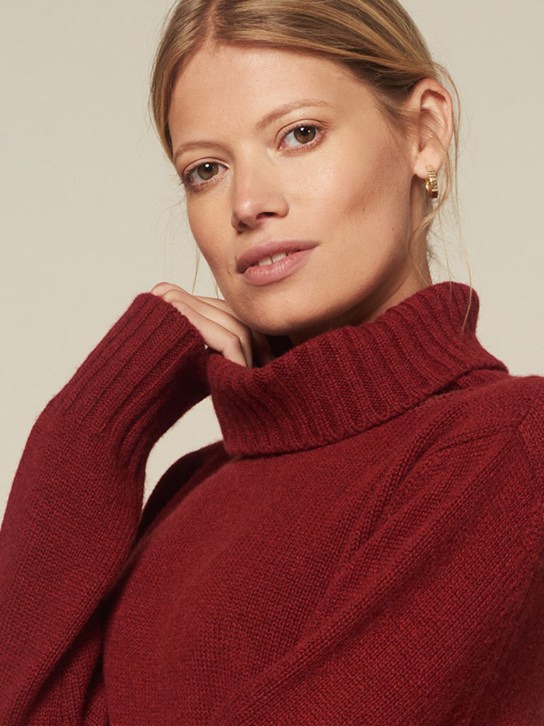 SuperCashmere Cashmere turtleneck chunky knit Russet red