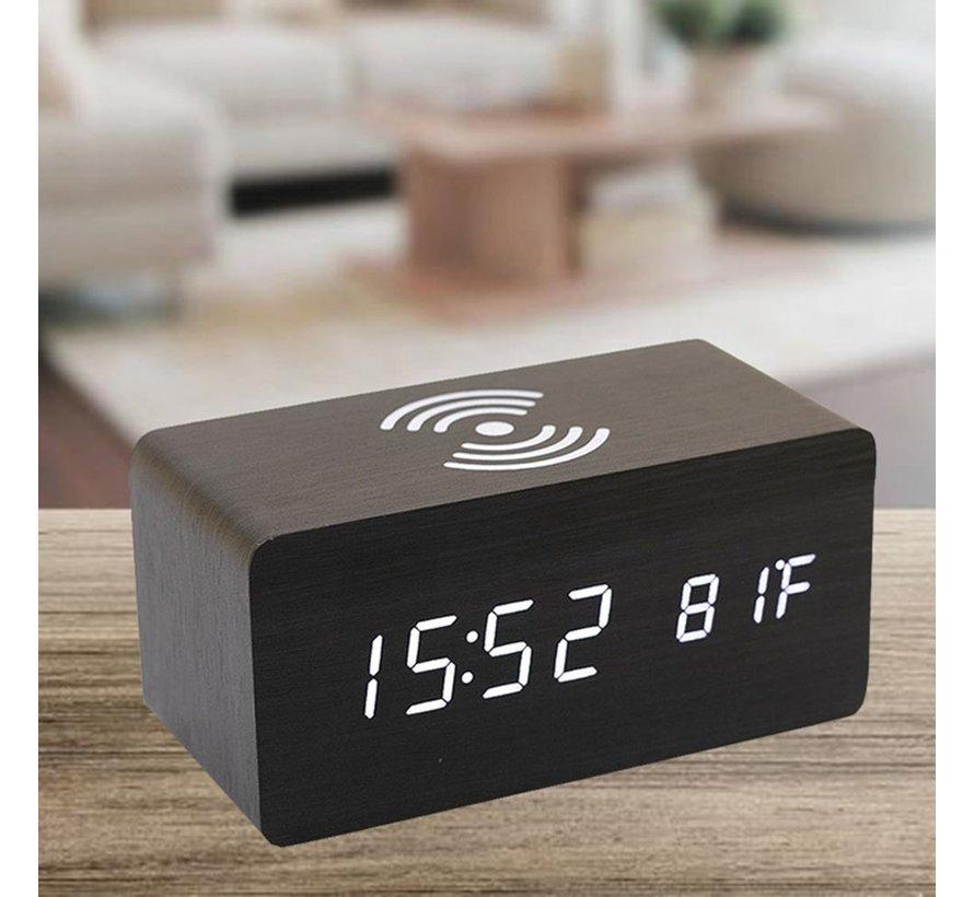 Digitale wekker van hout met draadloze oplader