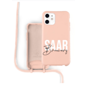 Coverzs Silicone case met koord iPhone 12 / 12 Pro (roze) - Name + Name
