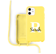 Coverzs Silicone case met koord iPhone 11 (Geel) - Initial + name