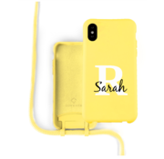 Coverzs Silicone case met koord iPhone X / Xs (Geel)  - Initial + Name
