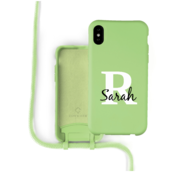 Coverzs Silicone case met koord iPhone X / Xs (lichtgroen) - Initial + Name
