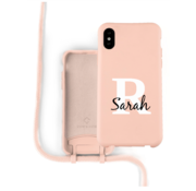 Coverzs Silicone case met koord iPhone X / Xs (roze) - Initial + Name