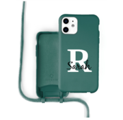 Coverzs Silicone case met koord iPhone 12 / 12 Pro (donkergroen) - Initial + Name