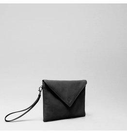 Chalrose Envelop Clutch Black
