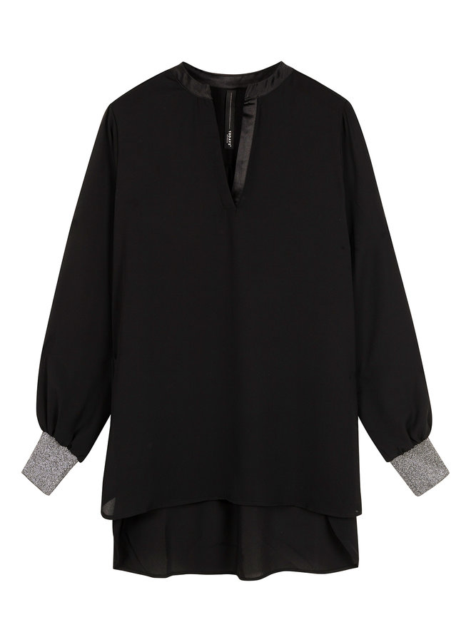 20-401-0204 flowy blouse black