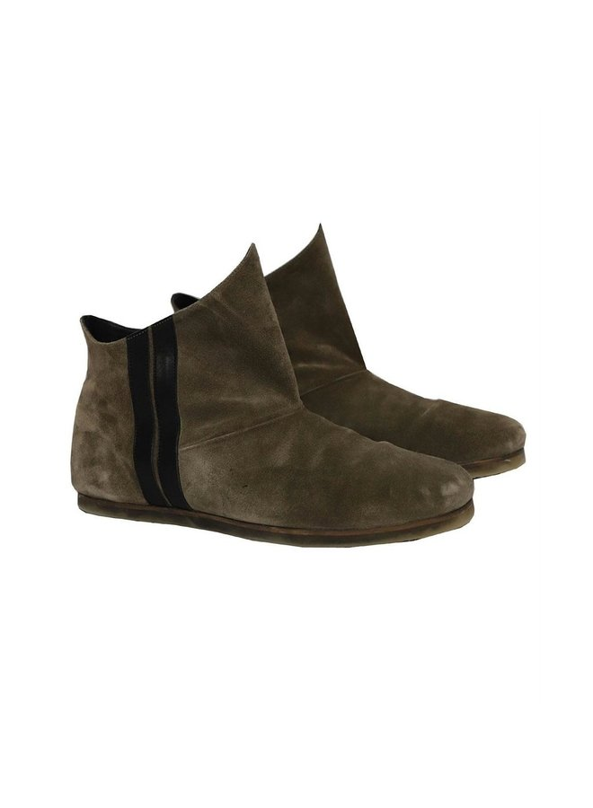 20-935-0204 moccasin boots - moss