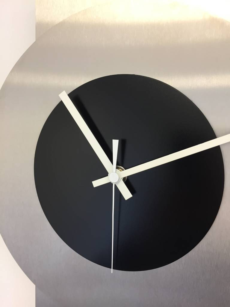 ChantalBrandO Wandklok Pendulum Black