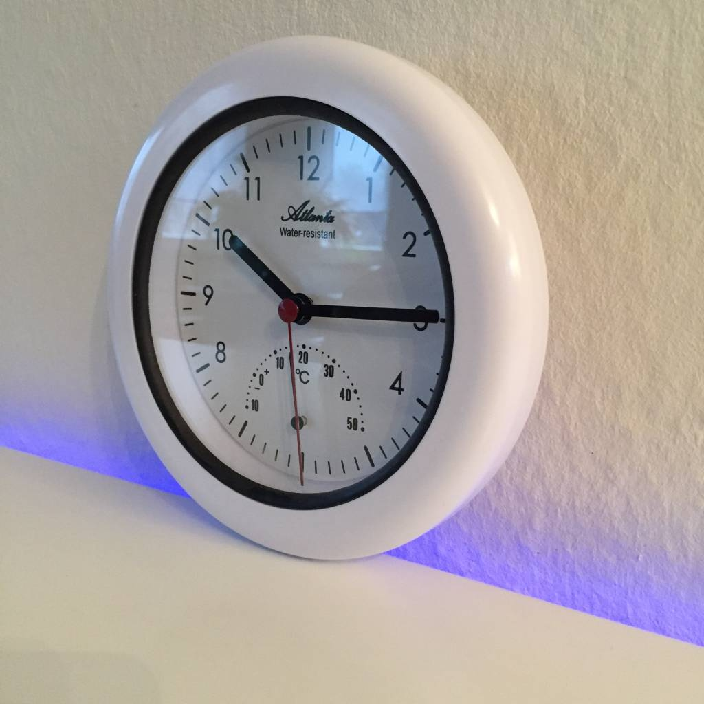 Atlanta Badkamer klok Atlanta met temperatuur wijzer