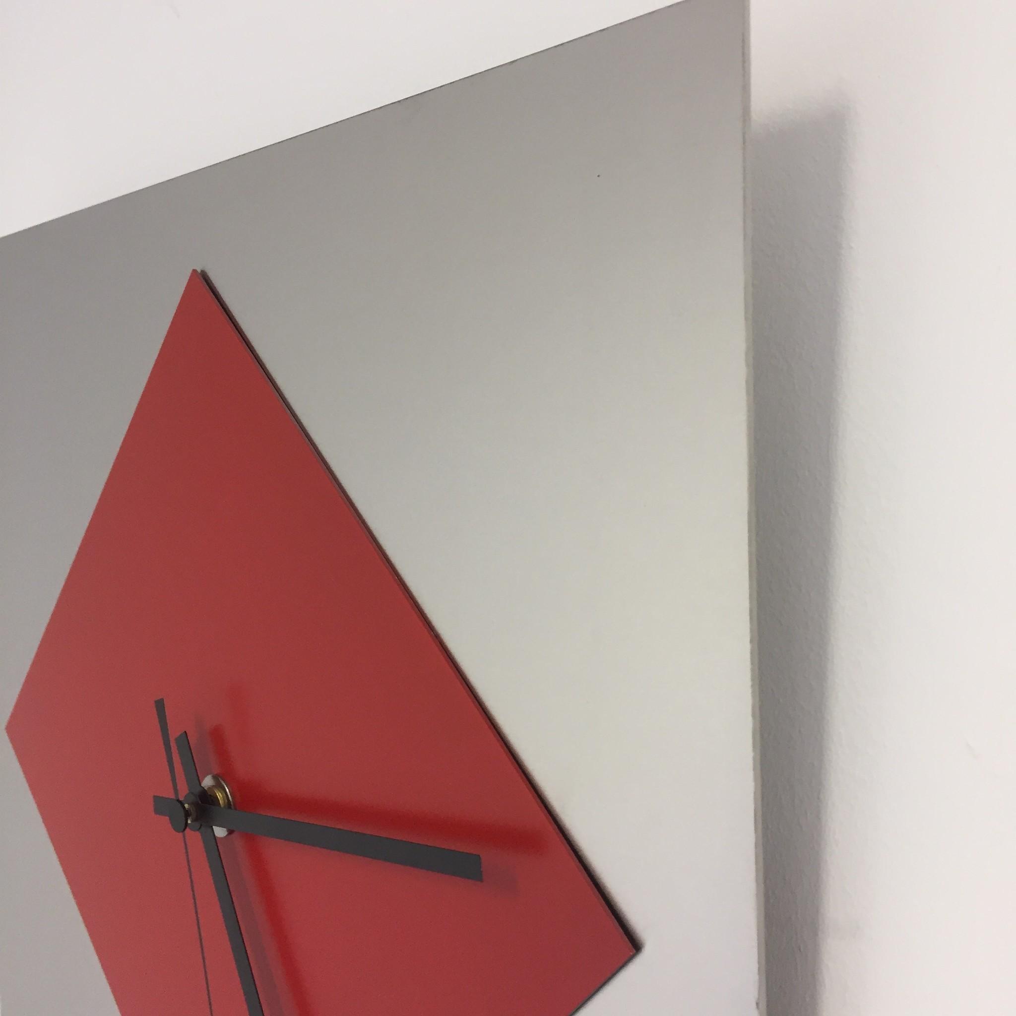 ChantalBrandO Wandklok Red Window