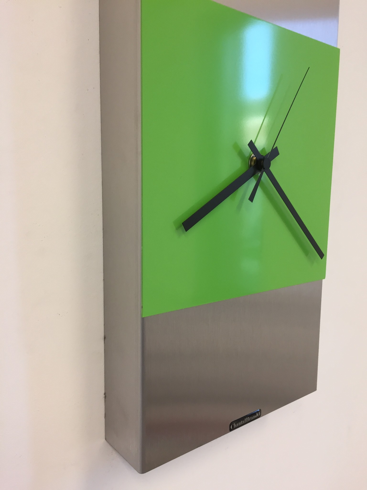 ChantalBrandO Wandklok ExtraVaganzA Green