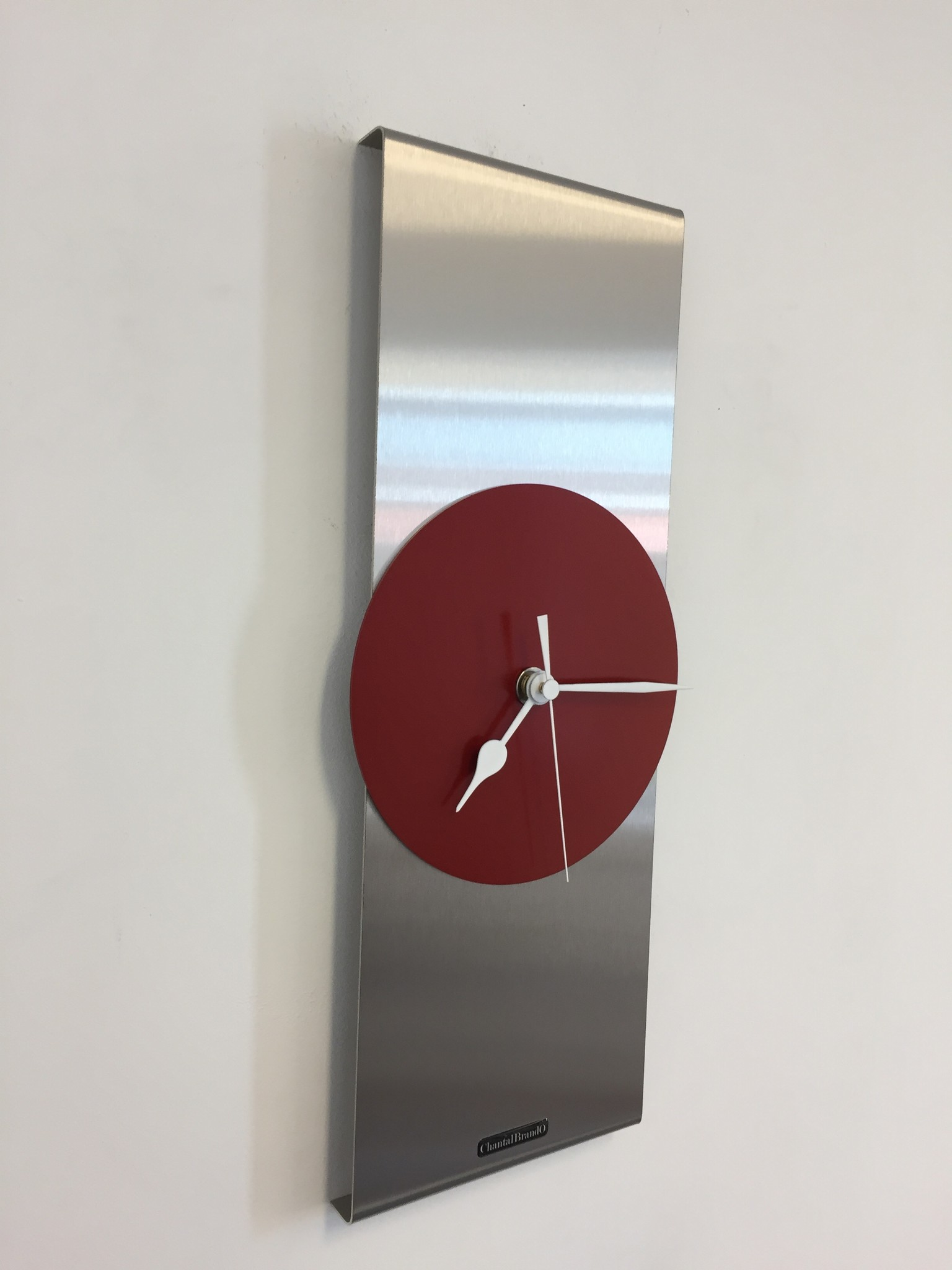 ChantalBrandO Wandklok Orion RED Modern Dutch Design