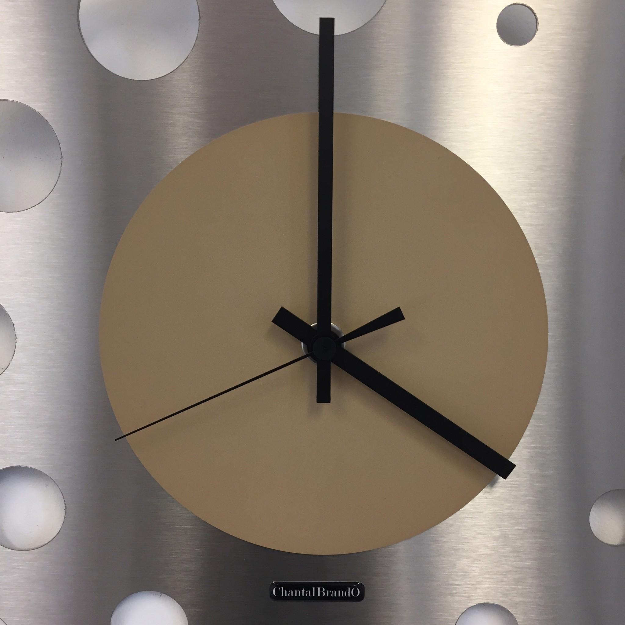ChantalBrandO Wandklok JUNTE BRUSSEL ATOMIUM BEIGE Modern Design