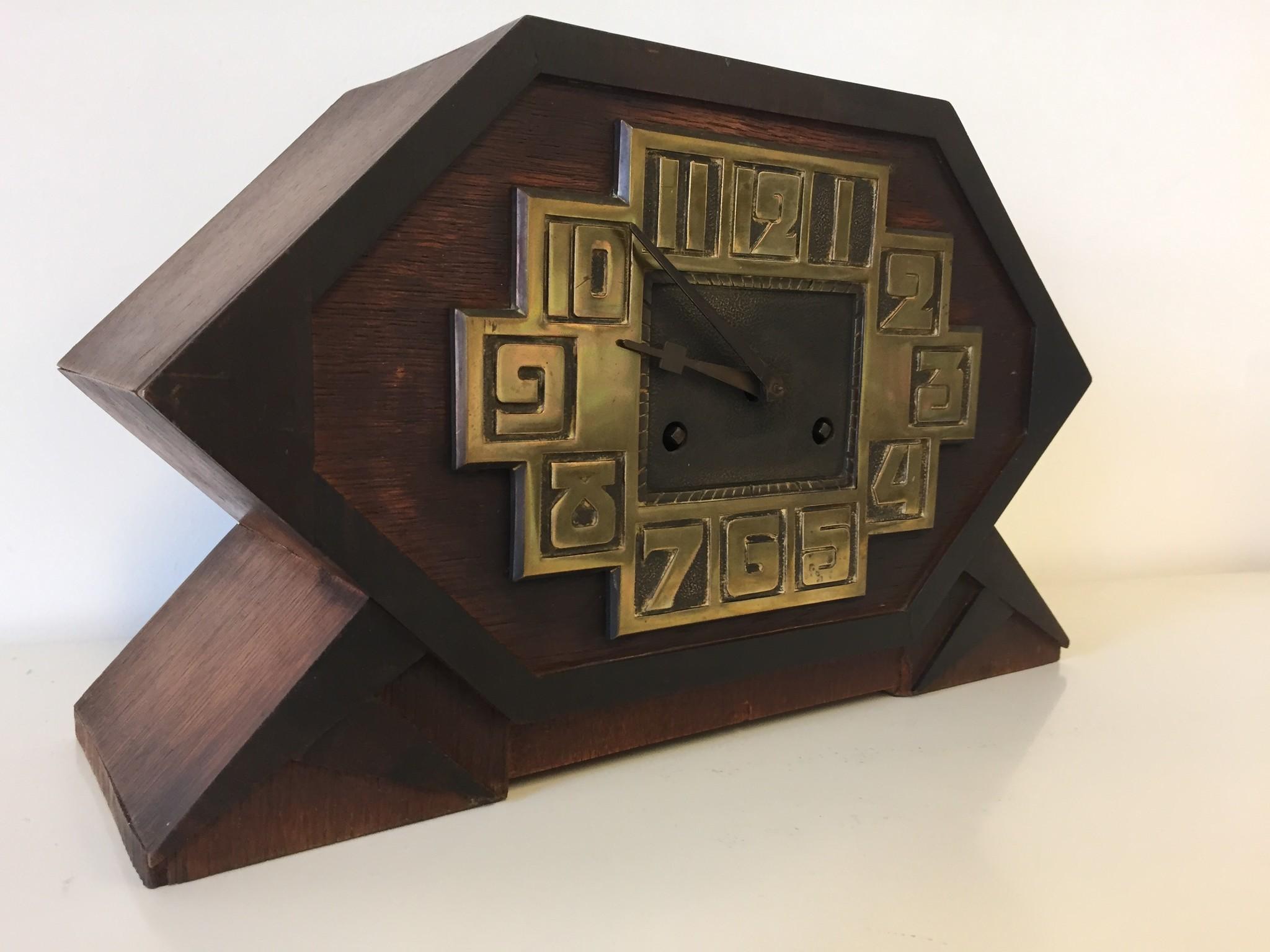 Tafelklok Amsterdam Nieuwe Kunst 1920