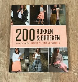 Naaiboek 200 rokken en broeken