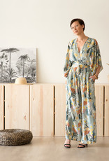 See You at Six Viscose - Tropical flowers - krijtblauw