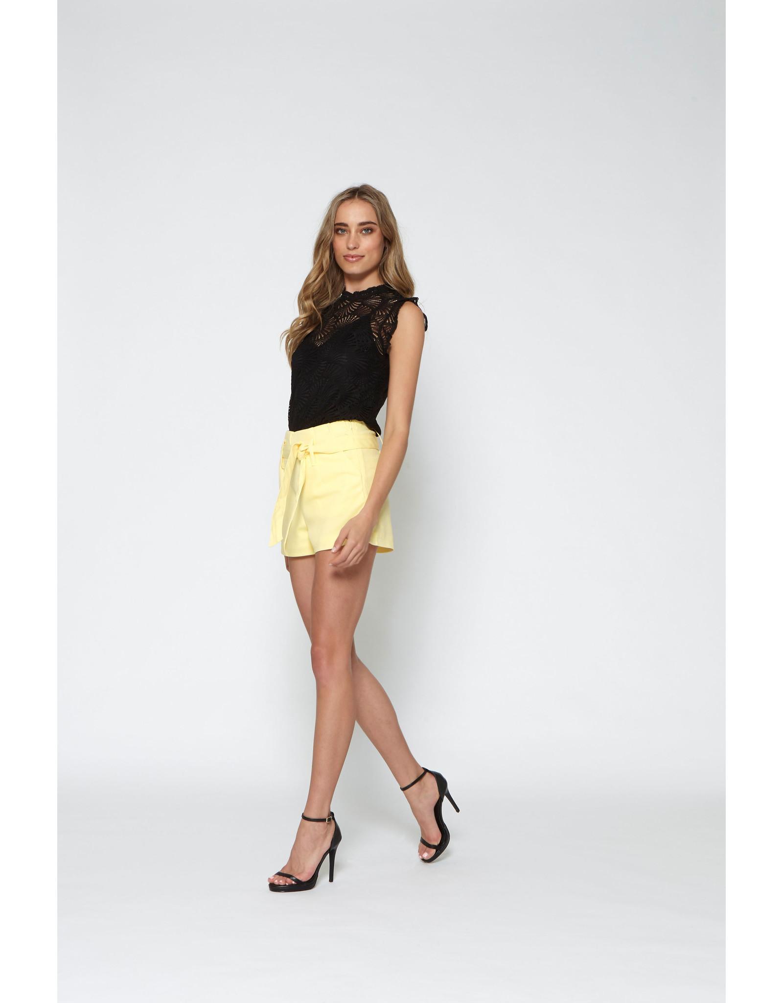 Lofty Manner Short Ninette Yellow