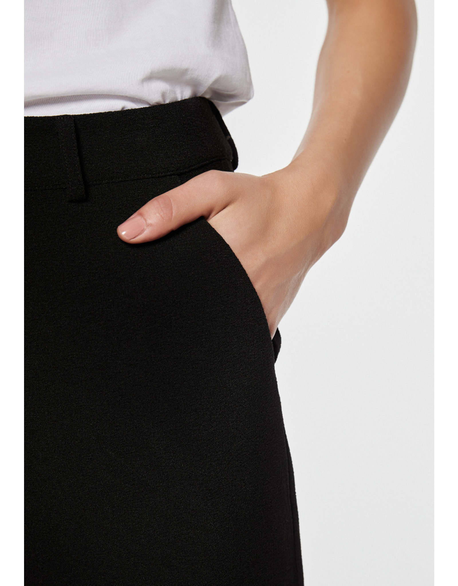 Rut & Circle Ofelia Straight Pant