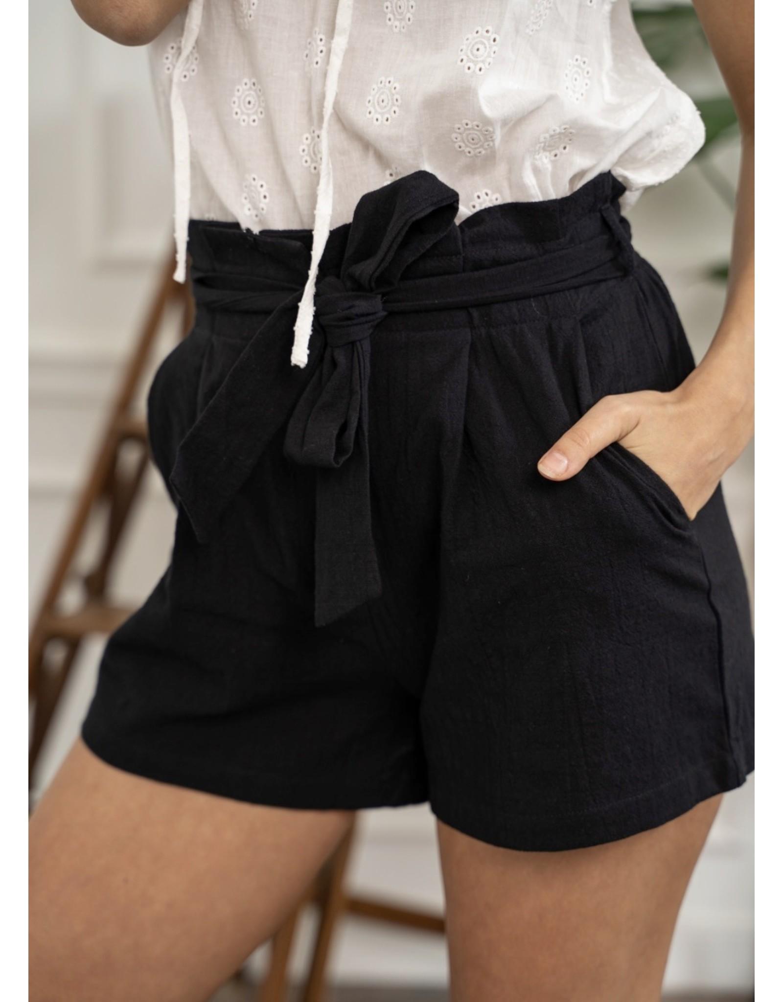 Kilky Black Classy Shorts
