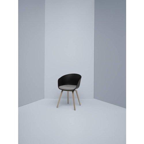 HAY About a chair AAC22 - zwart met vast zitkussen