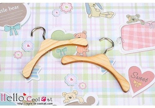 Coolcat Mini Wooden Clothes Hanger