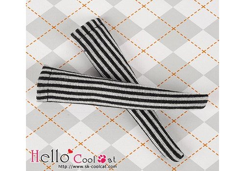 Coolcat Knee Lace Socks Vertical Thin Stripe Black + White