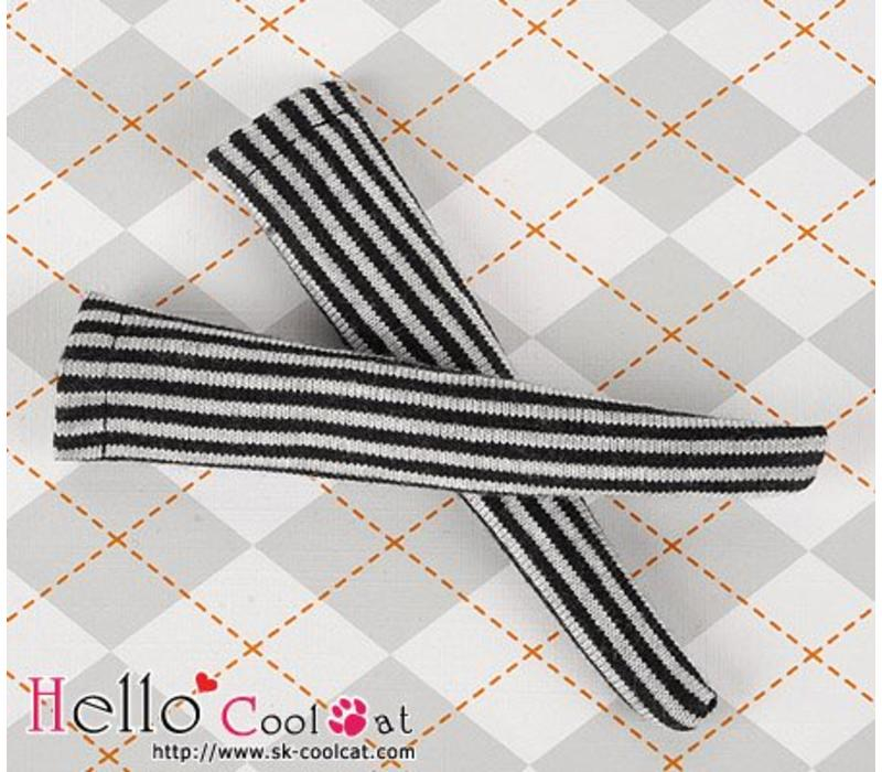 Knee Lace Socks Vertical Thin Stripe Black + White