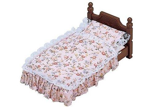 Sylvanian Families Sylvanian Families Classic Antique Bed