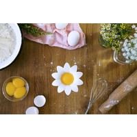 Peleg Design Daisy Egg Separator