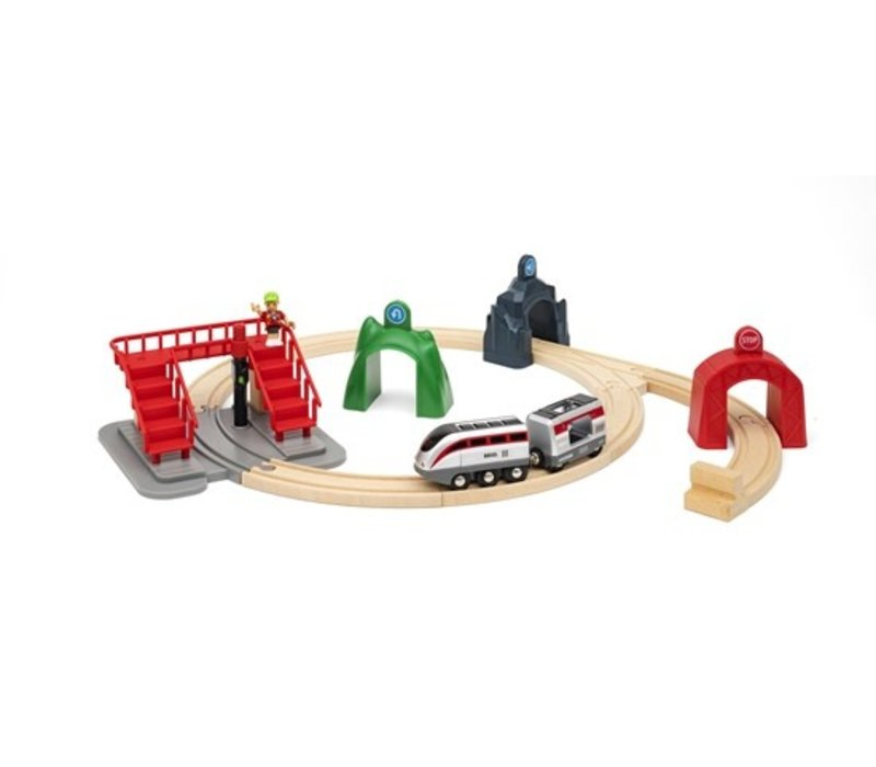 Brio Smart Tech Engine Set with Action Tunnels
