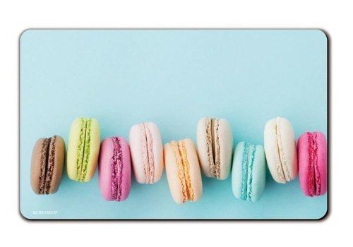 Remember Remember Broodplank Macarons