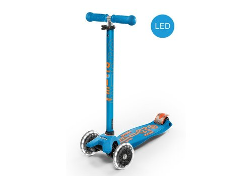 Micro Micro Maxi Deluxe Step with Led Wheels Carribean Blue
