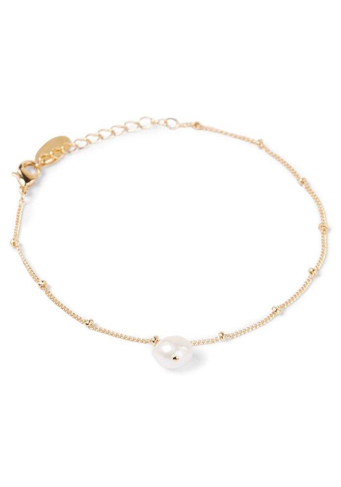 Orelia - Pearl Drop Ditsy Necklace
