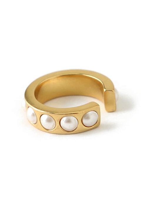 Orelia Orelia - Chunky Pearl Single ear cuff