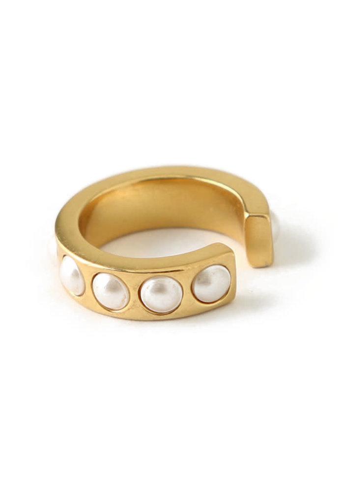 Orelia - Chunky Pearl Single ear cuff
